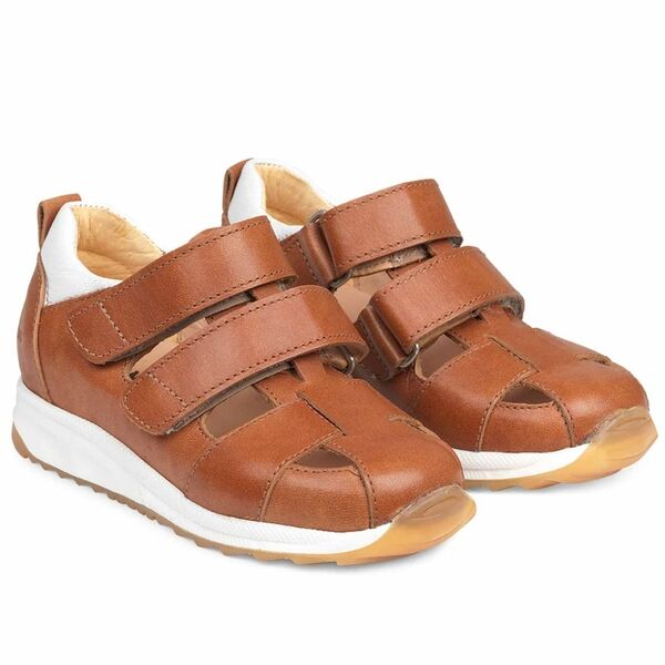 Angulus Sandal w. Closed Toe and Velcro Cognac/White 3313-101-7046