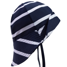 Petit Crabe White/Blue Hat
