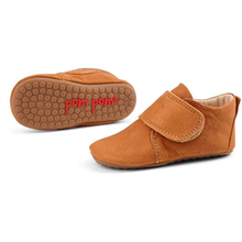 Pom Pom Indoor Shoes Velcro 14010 (camel)