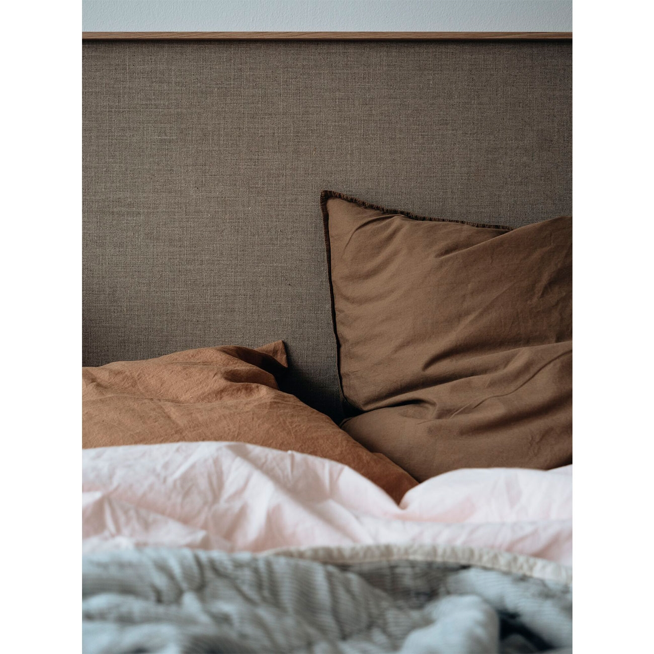 Studio Feder Bedding Khaki